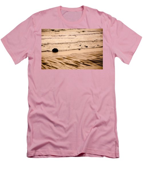 Sunset Palette Wreck Beach Men's T-Shirt (Athletic Fit)
