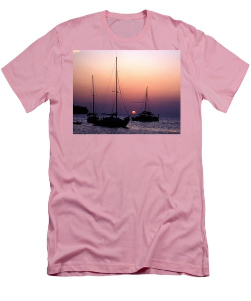 Men's T-Shirt (Slim Fit) featuring the photograph Sunset Off Simonton Street 14e by Gerry Gantt