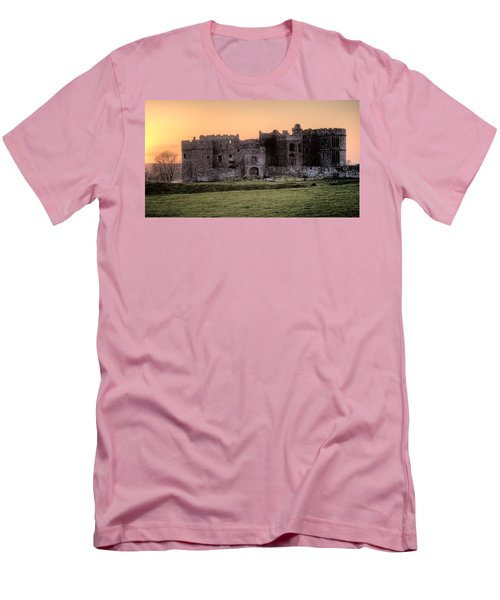Carew Castle Coral Sunset Men's T-Shirt (Slim Fit)