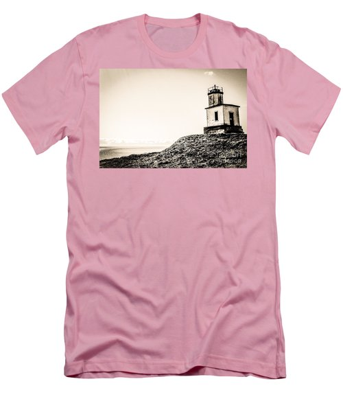 Cattle Point Lighthouse Men's T-Shirt (Slim Fit) by William Wyckoff