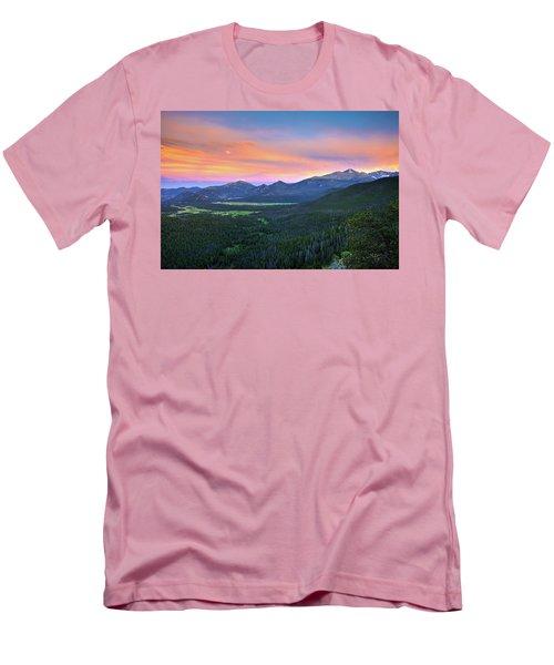 Men's T-Shirt (Slim Fit) featuring the photograph Longs Peak Sunset by David Chandler