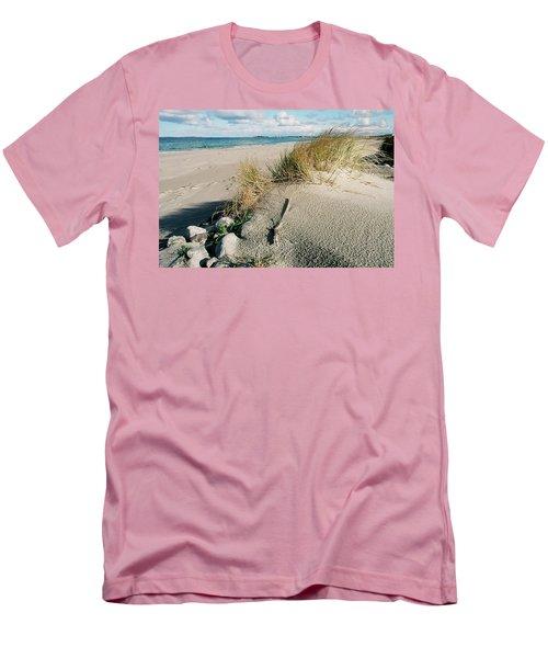 Stavanger Shore Men's T-Shirt (Athletic Fit)