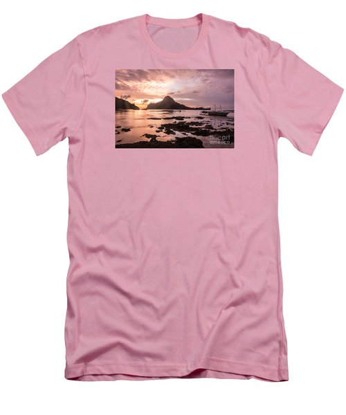 Sunset Over El Nido Bay In Palawan In The Philippines Men's T-Shirt (Athletic Fit)