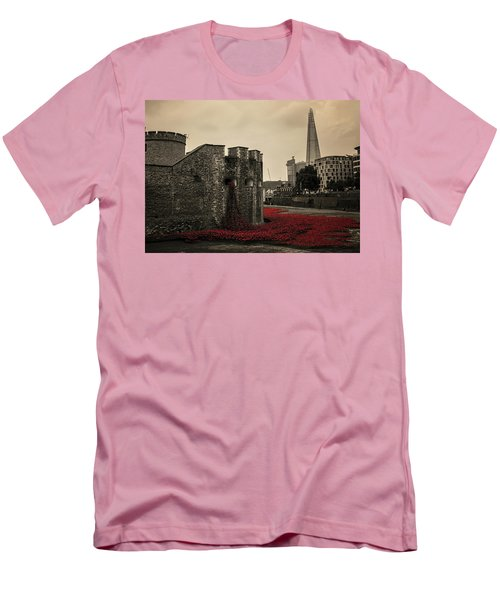 Tower Of London Men's T-Shirt (Slim Fit) by Martin Newman