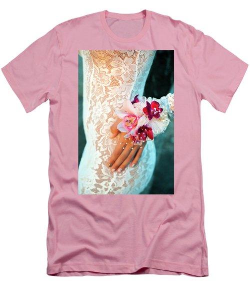 Valanquar Men's T-Shirt (Athletic Fit)