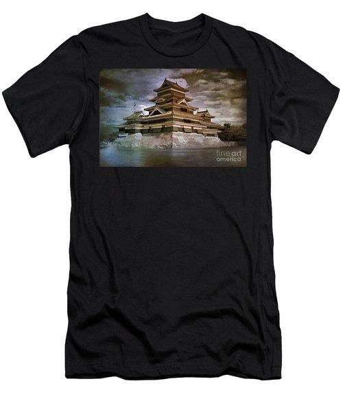 Matsumoto Castle  Men's T-Shirt (Athletic Fit)