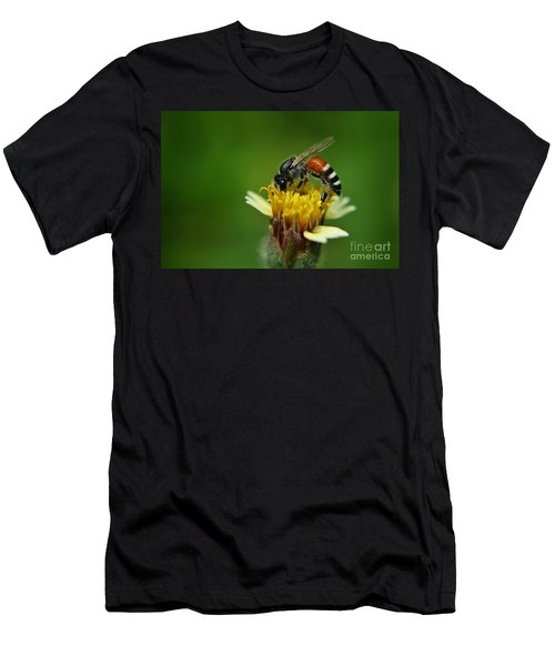 Working Bee Men's T-Shirt (Athletic Fit)