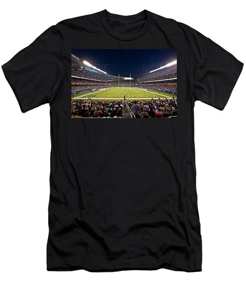 0588 Soldier Field Chicago Men's T-Shirt (Athletic Fit)