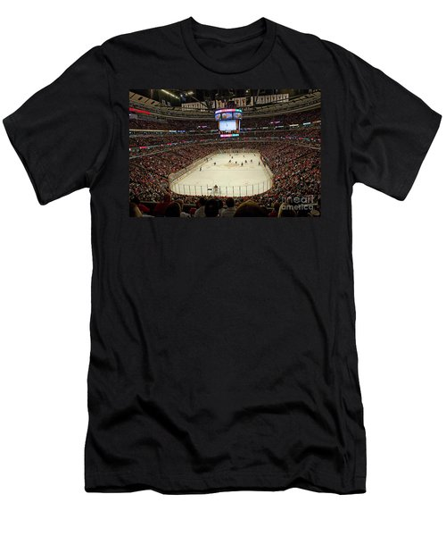 0616 The United Center - Chicago Men's T-Shirt (Athletic Fit)