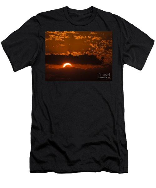 2012 Solar Eclipse Men's T-Shirt (Athletic Fit)