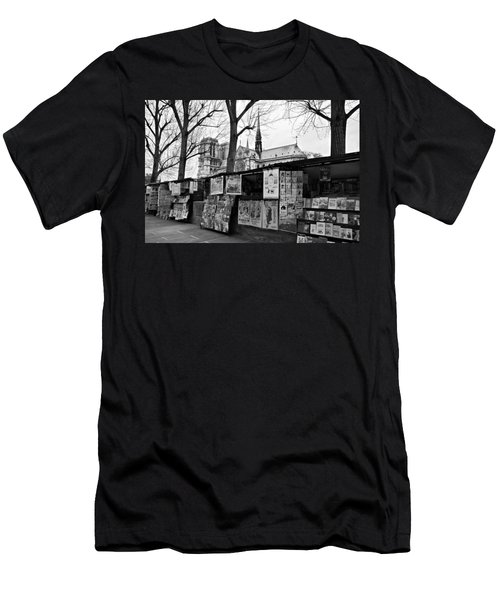 Book Sellers By The Seine / Paris Men's T-Shirt (Athletic Fit)