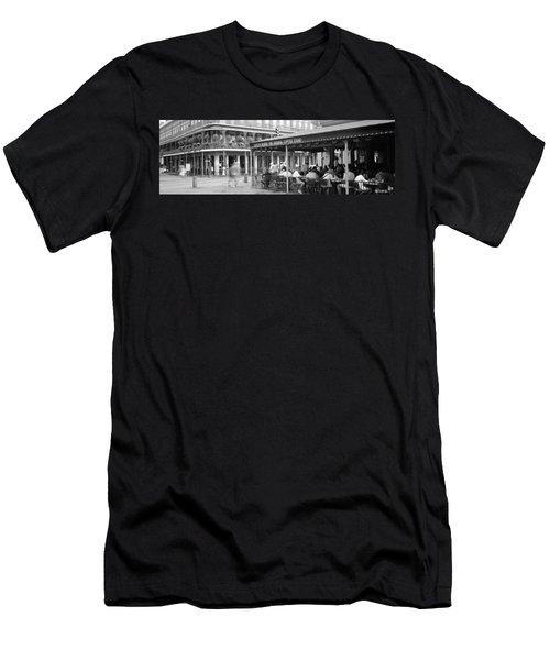 Cafe Du Monde French Quarter New Men's T-Shirt (Athletic Fit)