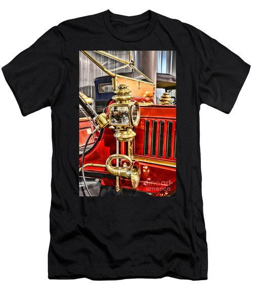 Classic Car - 1906 Stanley Steamer Men's T-Shirt (Athletic Fit)