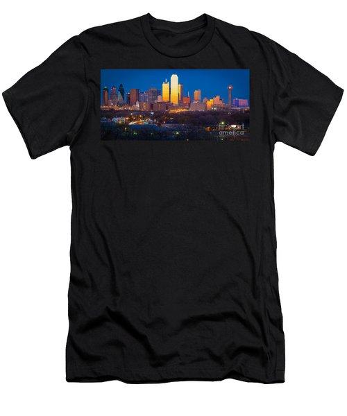 Dallas Skyline Men's T-Shirt (Slim Fit) by Inge Johnsson