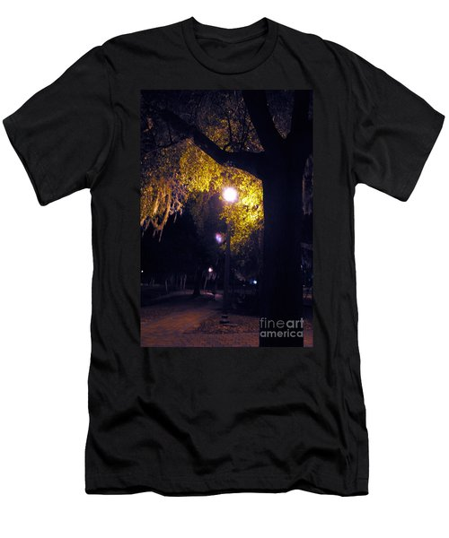 Davenport At Night Men's T-Shirt (Athletic Fit)