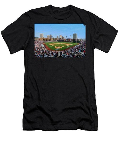 D24w-299 Huntington Park Photo Men's T-Shirt (Athletic Fit)