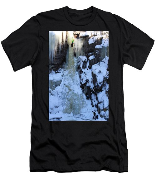 The Wintery Flume  Men's T-Shirt (Athletic Fit)