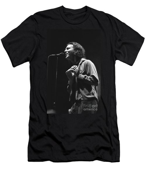 Pearl Jam Men's T-Shirt (Slim Fit) by Concert Photos