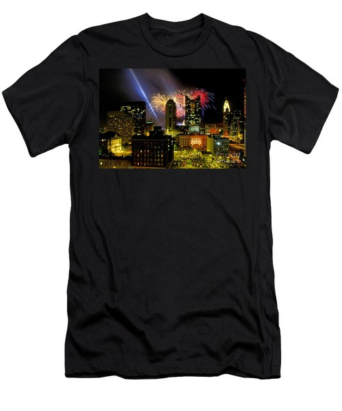 21l334 Red White And Boom Fireworks Display Photo Men's T-Shirt (Athletic Fit)