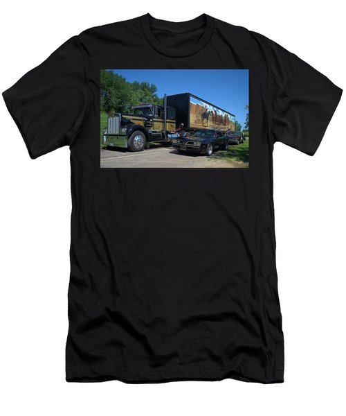 Smokey And The Bandit Tribute 1973 Kenworth Semi Truck And The Bandit Men's T-Shirt (Athletic Fit)