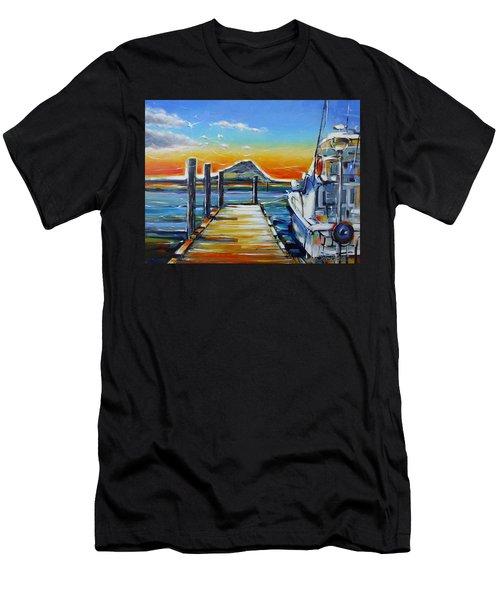 Tauranga Marina 180412 Men's T-Shirt (Athletic Fit)