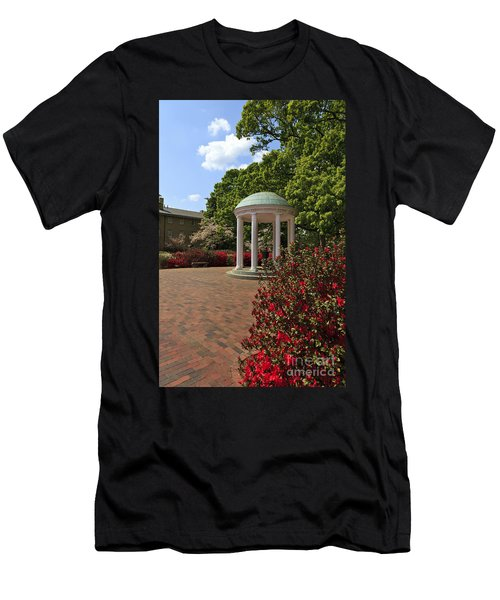 The Old Well At Chapel Hill Men's T-Shirt (Athletic Fit)