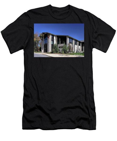 Upj Blackington Hall Men's T-Shirt (Athletic Fit)