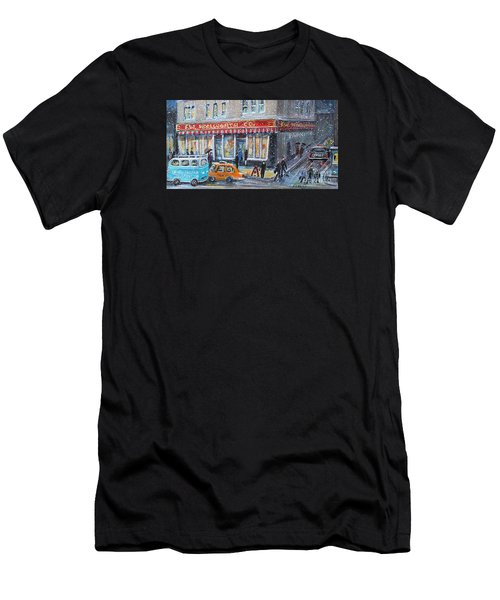 Woolworth's Holiday Shopping Men's T-Shirt (Athletic Fit)