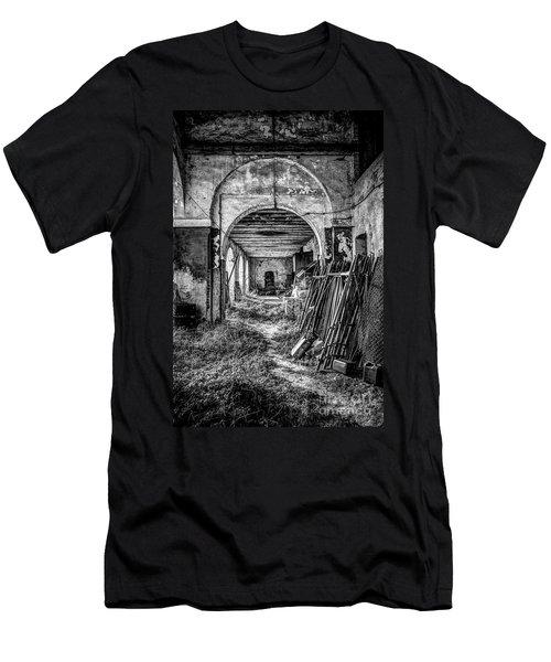 Abandoned Villa Men's T-Shirt (Athletic Fit)
