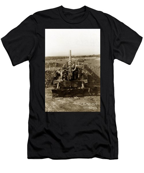 175mm Self Propelled Gun C 10 7-15th Field Artillery Vietnam 1968 Men's T-Shirt (Athletic Fit)