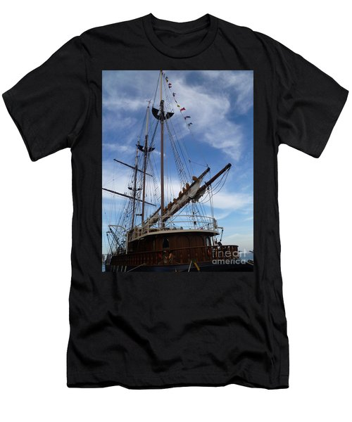 1812 Tall Ships Peacemaker Men's T-Shirt (Athletic Fit)