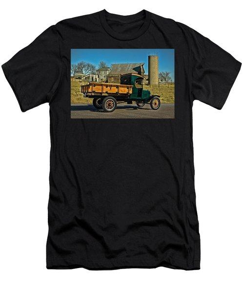 1923 Ford Model Tt One Ton Truck Men's T-Shirt (Athletic Fit)