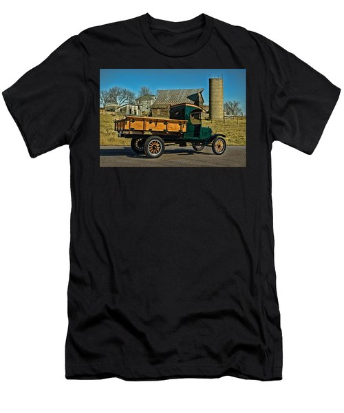 1923 Ford Model Tt One Ton Truck Men's T-Shirt (Athletic Fit)
