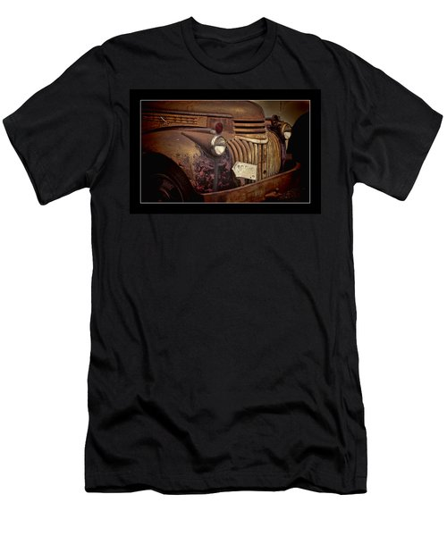 1946 Chevy Truck Men's T-Shirt (Athletic Fit)
