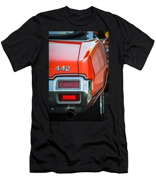 1971 Oldsmobile 442 Convertible Taillight Emblem -1683c Men's T-Shirt (Athletic Fit)