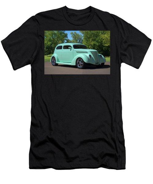 1937 Ford Sedan Hot Rod Men's T-Shirt (Athletic Fit)