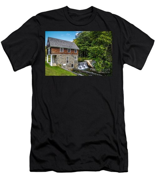 Blow Me Down Mill Cornish New Hampshire Men's T-Shirt (Athletic Fit)