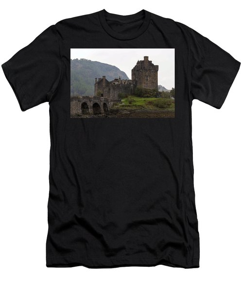 Cartoon - Structure Of The Eilean Donan Castle With A Stone Bridge Men's T-Shirt (Athletic Fit)