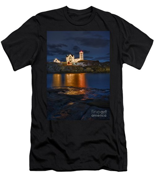 Christmas Nubble Men's T-Shirt (Athletic Fit)