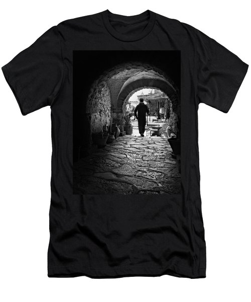 Man In An Archway / Hammamet Men's T-Shirt (Athletic Fit)