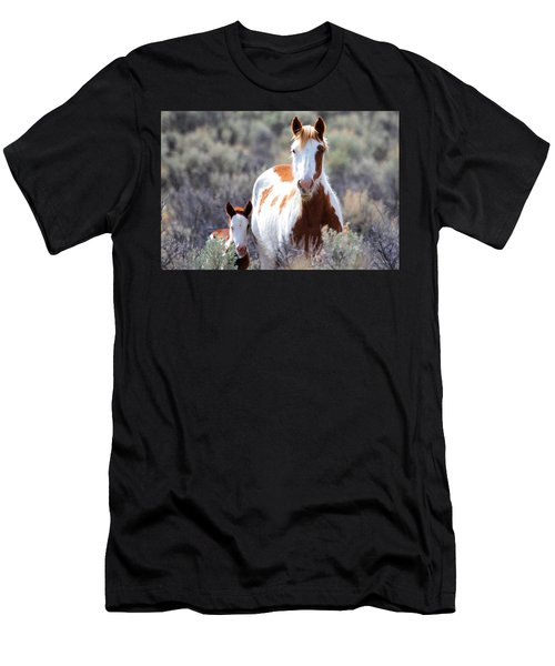 Momma And Baby In The Wild Men's T-Shirt (Athletic Fit)