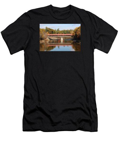 Nh Covered Bridge  Men's T-Shirt (Athletic Fit)