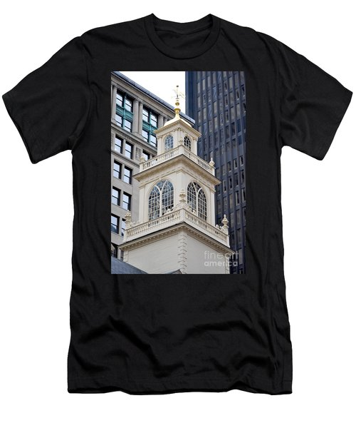 Old State House Boston Ma Men's T-Shirt (Athletic Fit)