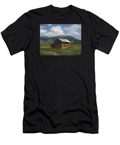 Paradise Valley Montana Men's T-Shirt (Athletic Fit)