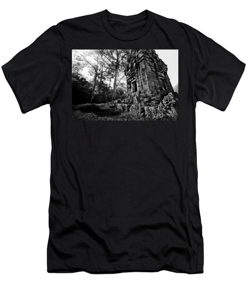 Ruin At Angkor Wat Men's T-Shirt (Athletic Fit)