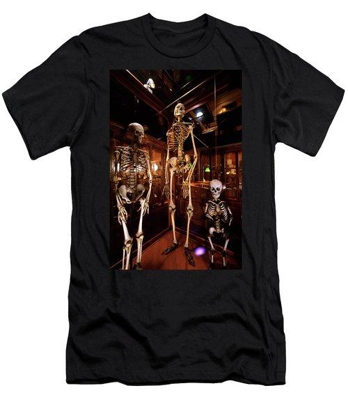 2000s Three Human Skeletons Displayed Men's T-Shirt (Athletic Fit)