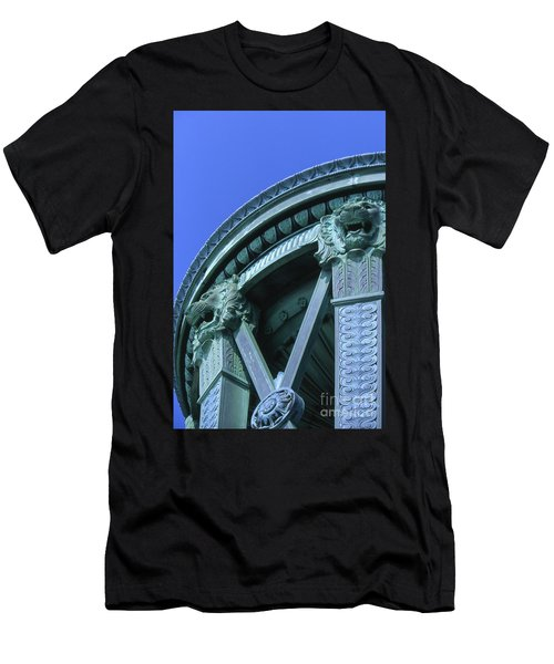 35x11 Perrys Victory Memorial Photo Men's T-Shirt (Athletic Fit)