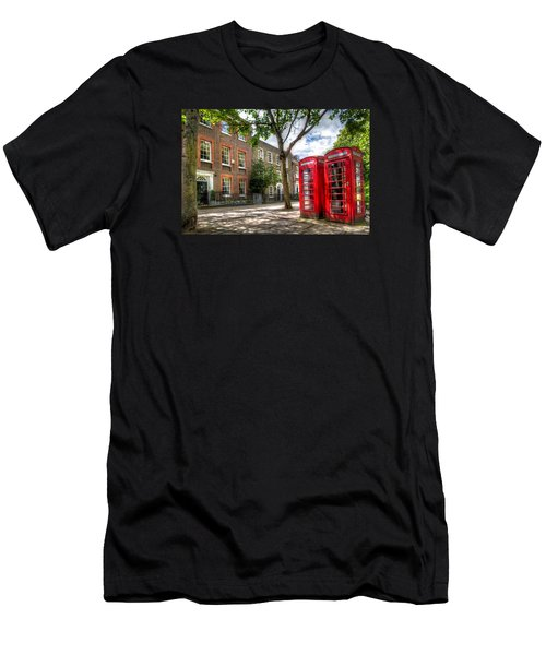 A Pair Of Red Phone Booths Men's T-Shirt (Athletic Fit)