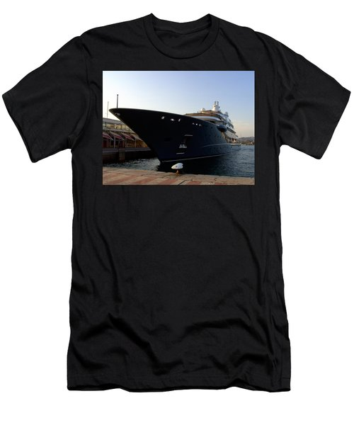 A Weekend Boat Men's T-Shirt (Athletic Fit)