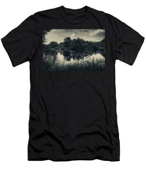 Adda River 3 Men's T-Shirt (Athletic Fit)